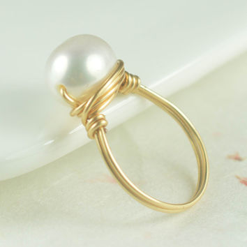 River pearl Rings,big pearl ring,wire wrapped ring,bridesmaid rings