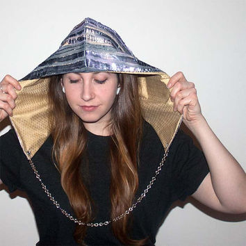 Festival hood - reversible with interchangeable chain - Pearl of the Sea V2