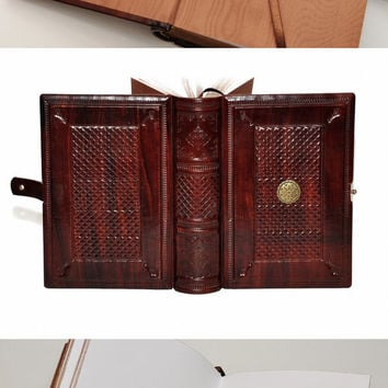 Brown Handmade leather journal, wood color, 8.1''x5.7'' (20,5x14,5 cm), in gift box.