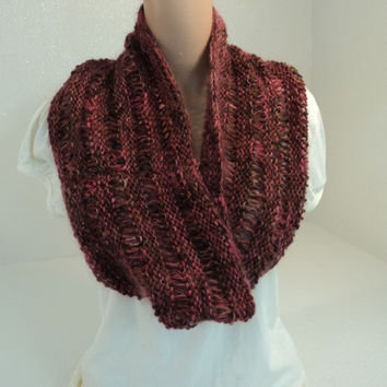 Handcrafted Wrap Cowl Rose Drop Stitch Merino Wool Silk Cashmere Female Adult -- New No Tags