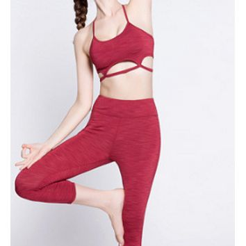Lululemon shows slimming seven-point pants and running sports body-hugging stretch yoga pants