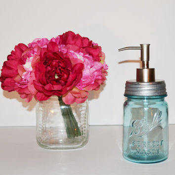 Mason Jar Soap Dispenser Vintage Blue Ball Perfect Mason Jar with Silver Soap Pump Pint Size Kitchen Bathroom Soap Dispenser