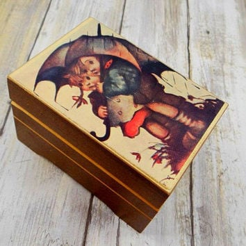 Vintage Hummel Style Music Box, Lara's Theme from Dr. Zhivago, Made in Japan