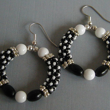 Black and White Chenille Stitch Beadwoven Hoop Earrings