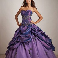 Luxurious Beaded Embroidery Strapless Ball Gown Quinceanera Dress QD0102