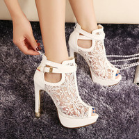 Fashion Sexy High Heel Sandals Elegant Lace Pierced Women Sandals White Black Platform Sandal Summer Women Shoes Size 35-40