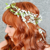 Wreath, whimsical white floral crown, wedding head piece, medieval circlet - Isolde