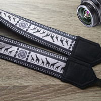 Giraffe Camera Strap. Cool Strap. Ethnic Camera Strap, African Camera Strap. Accessories