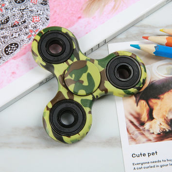 Fidget Hand Spinner - Anti-Anxiety Spinner Helps Focus, Fidget Toys EDC Focus Toy for Kids & Adults - Best Stress Reducer Relieves ADHD Anxiety and Boredom - Camouflage Green
