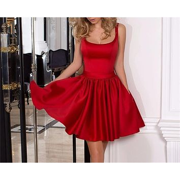 Sexy Mini Red Cocktail Dresses Charming Scoop Neck Backless Satin Woman Short Party Dress with Side Pocket Bow