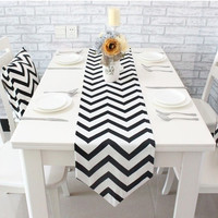 Zigzag Table Cloth Modern Table Runner Stripe Tablecloth Cheap Tableware - Black