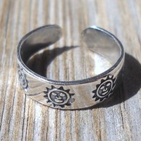 925 Sterling Silver Sun Toe or Knuckle Ring