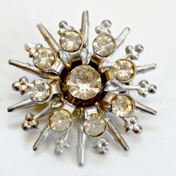 Small vintage rhinestone and silver starburst brooch retro antique fashion pin