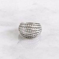 925 Sterling Silver Bold Leaf motive Statement Ring, R1087S