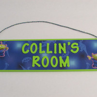 Personalized Toy Story Alien Name Sign - Toy Story Room Decor - Buzz Lightyear Green Alien