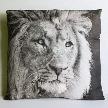 LEO LION Cushion animal cushion cushions animal by mybeardedpigeon