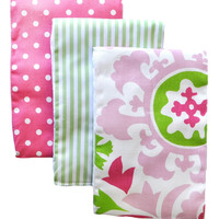 Strawberry Fields Burp Cloth Set