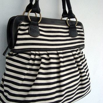 Black White Handbags, Diaper bag, Tote bags, Women handbag, Travel bag, School bag