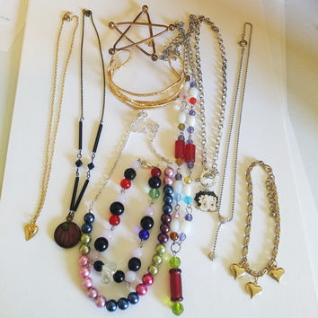 vintage mixed jewelry lot necklaces bracelets star brooch pin glass beaded and metal chain necklaces 10 piece