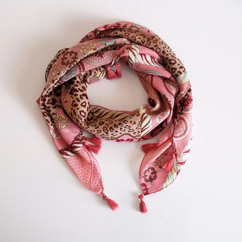 Tassel Scarf, pink scarf,scarves, Woman fashion Accessories, square scarf, warm scraf, boho scarf, headscarf, autumn