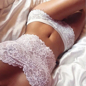 Lace Breathable Strapless Tight Underwear Lingerie Set