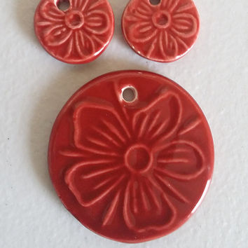 red ceramic flower charms round circle floral pendant 3 pc jewelry set 19mm 40mmm  2 pc handmade