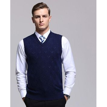 Classic Men's V-Neck Sleeveless Pattern Sweaters Vest Knitted Business Leisure Design Male Cashmere Vest