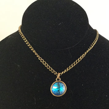 Ocean Blue Sea Urchin Pendant, Blue Crystal Pendant, Simple Necklace, Brass Necklace, Ocean Jewelry, Sea Necklace