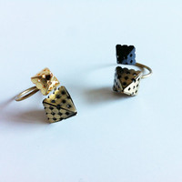 Gold Pyramid Spike Ring