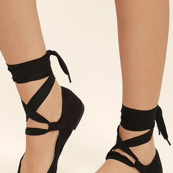 Dreamer Black Suede Lace-Up Flats