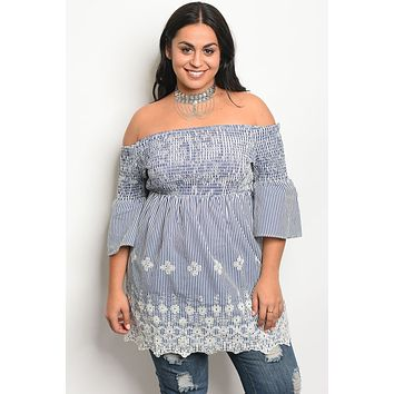 Ladies fashion plus size 3/4 sleeve off the shoulder top with lace details