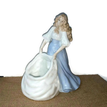 Lladro style, Lady and bag,planter and figurine  by R.O.C.
