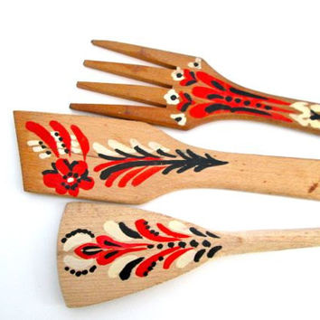 Vintage Wooden Serving Utensils - Folk Painted Design - Salad Fork Spoon Spatula - Tabletop