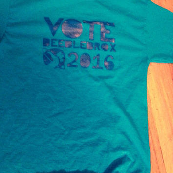 Vote Beeblebrox 2016 Hitchhiker's Guide to the Galaxy Shirt