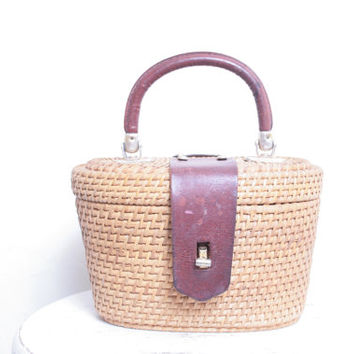 Adorable Vintage Bohemian Woven Straw and Brown Leather Handbag Purse or Lunchbox
