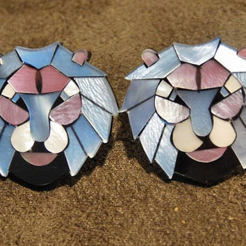 LEA Stein Earrings Lion Head French Designer Paris France Vintage Clip On Earrings Parisian Mother of Pearl Laminated Cellulose Acetate Cat