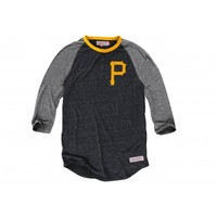Hustle Play HenleyPittsburgh Pirates - Mitchell & Ness
