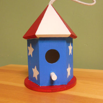Memorial day decoration - 4th of July decorations - birdhouse - Patriotic decorations - American flag decor