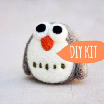 Needle felting kit, DIY owl, Needle felting starter kit, Needle felting DIY Kit, needle felting beginner owl kit