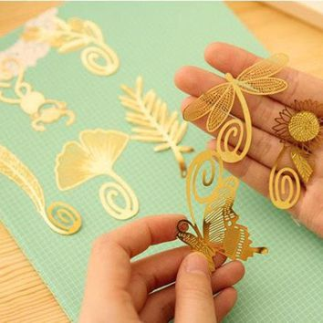 DCCKL72 (1Pcs/Sell) Insects & Plants Christmas Gift Metal Bookmarks Delicate For Book Creative Item Kids Gift Korean Stationery New