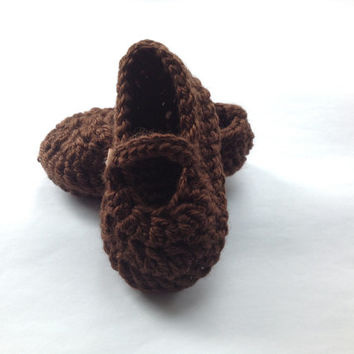 Handmade crochet baby girls shoes in Brown or make your costume order with color and size