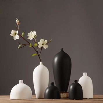 Japanese-style Dining Table Ceramic Flower Vases