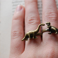 2 Gold Dinosaur Brontosaurus Ring Extinct Ancient Little Foot Land Before Time Jurassic Park Dino Fossil T-Rex Triceratops Tyrannosaurus Rex