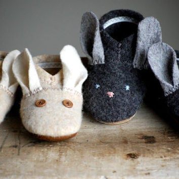 Bunny Shoes for Baby, Easter Shoes, Made to Order, Hopping Down the Bunny Trail