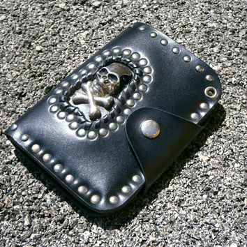 Skull Wallet - Vintage Black Faux Leather Bag With Metal Skull Decoration And Studs