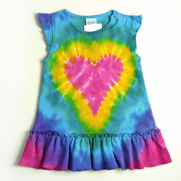 Infant Tie Dye Dress / Ruffle Sleeve Dress or Tunic for Baby / Size 3m 6m 12m 18m  / Pink Heart Design / Eco-friendly Dyeing
