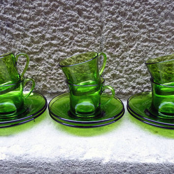 Spanish Duralex green glass set of 6 cups and saucers, from the 60-70's