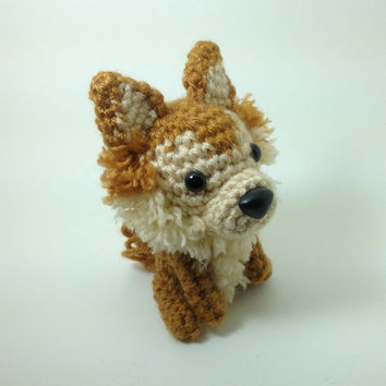 SALE / Pomeranian Amigurumi Stuffed Animal Crochet Dog Doll  / Made to Order