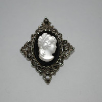 Vintage press glass cameo pin brooch or pendant