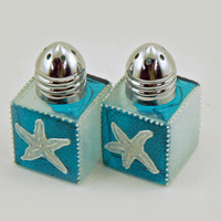 Mini salt and pepper shakers - Beach theme